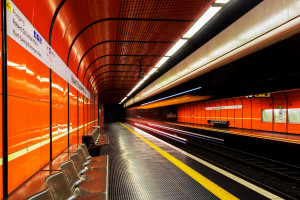 E.Klein_U_Bahn_21_Robert_Schumann_Platz